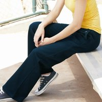 Women's Pocketed Fleece Pant
